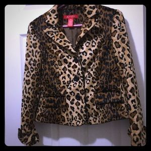 A line Petite,  Bough this  Blazer at Nordstrom🐆